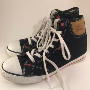 Levi's High Tops, Boys Size 7, Textile Uppers